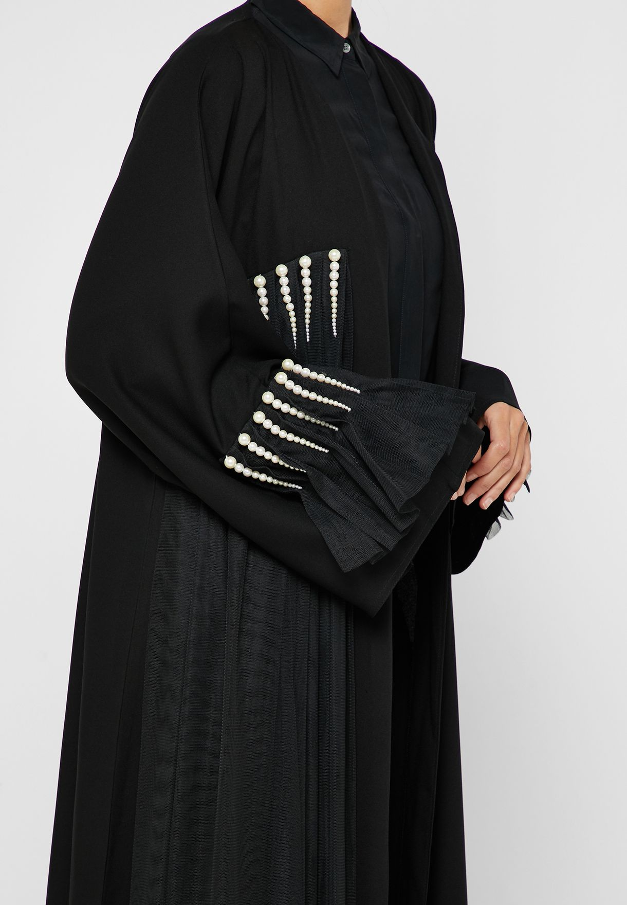 Pearl Detail Pleated Abaya