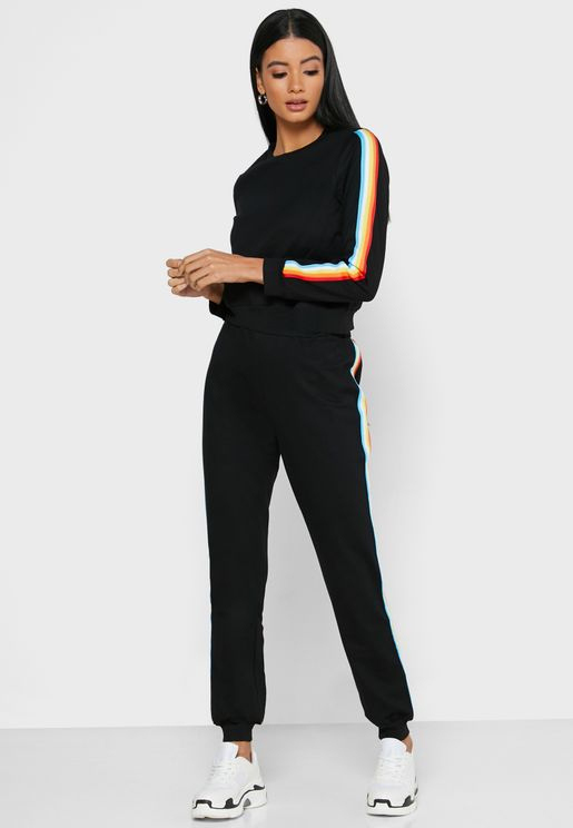 Contrast Paneled Sporty Joggers Set