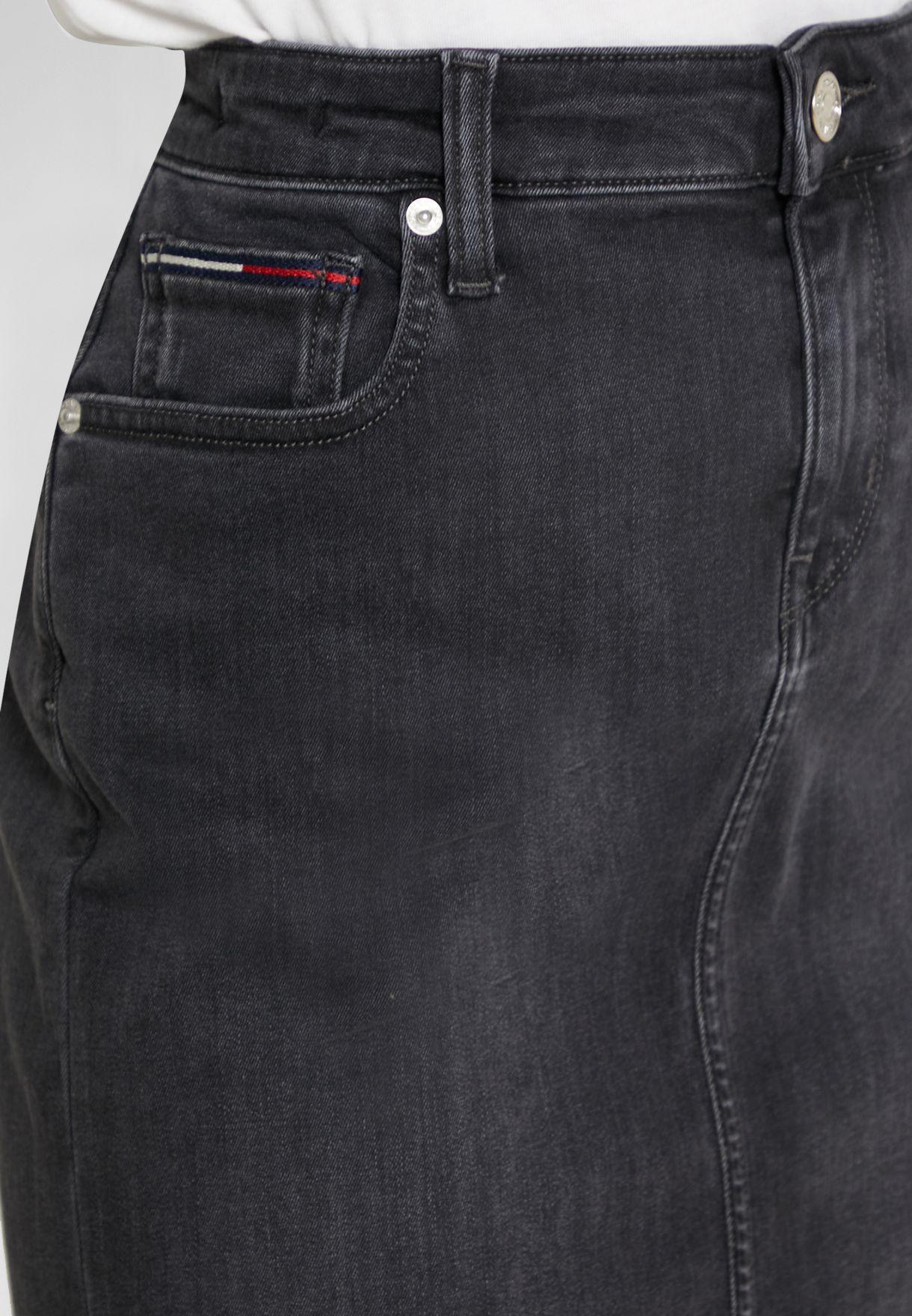 تنورة جينز ضيق