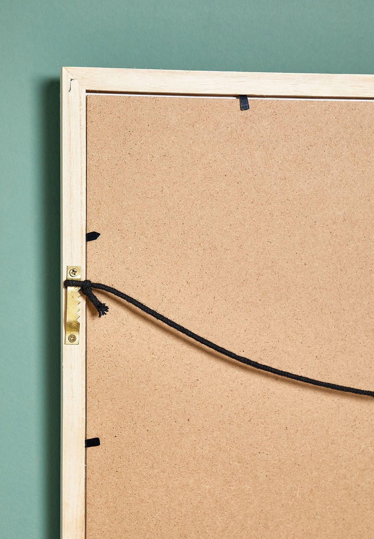 اطار خشبي بصورة ثعلب ناعس