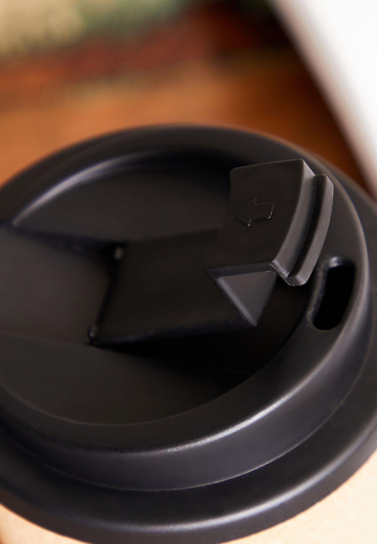 كوب قهوة ضد الانسكاب