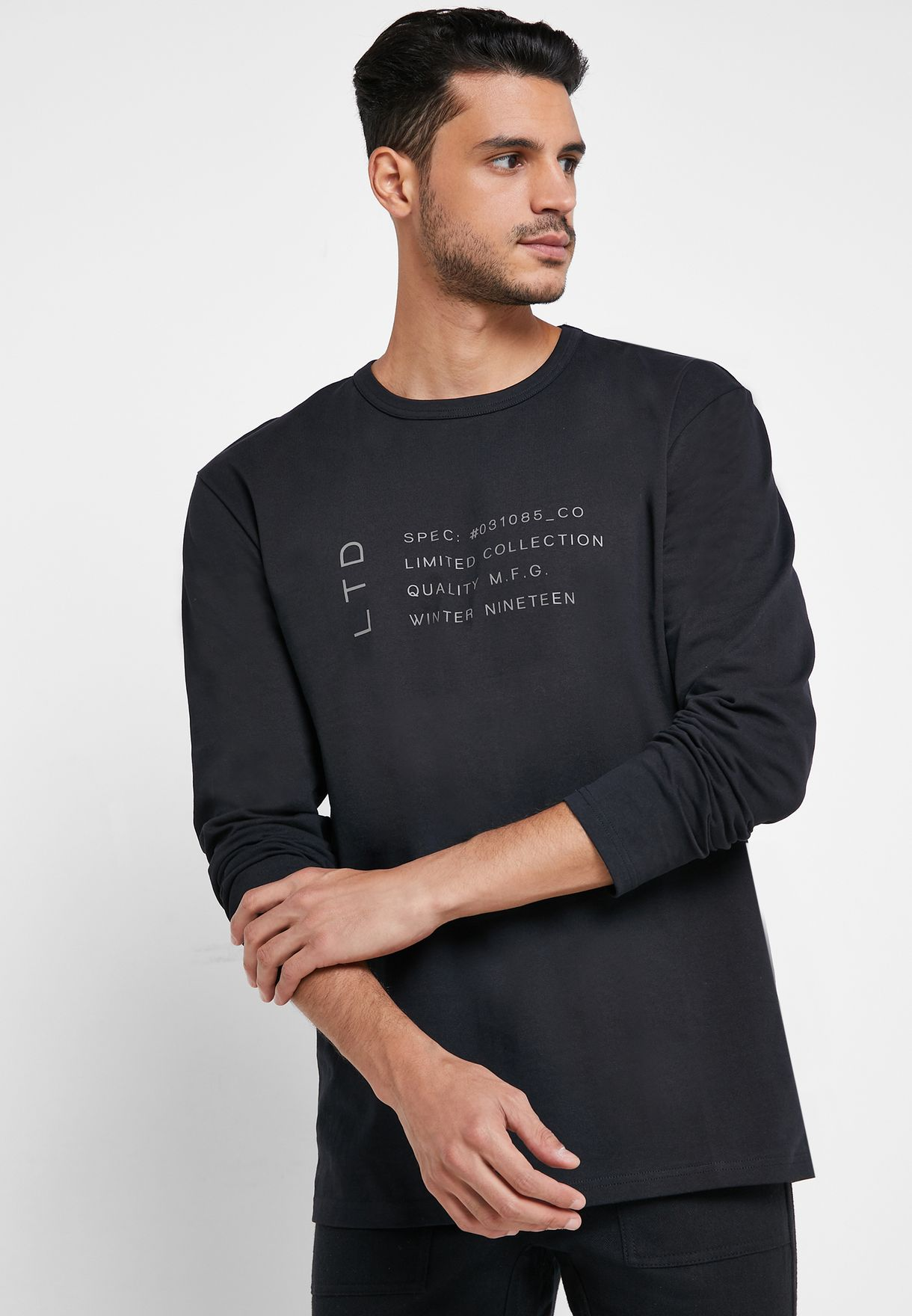 Patch Detail Crew Neck T-Shirt