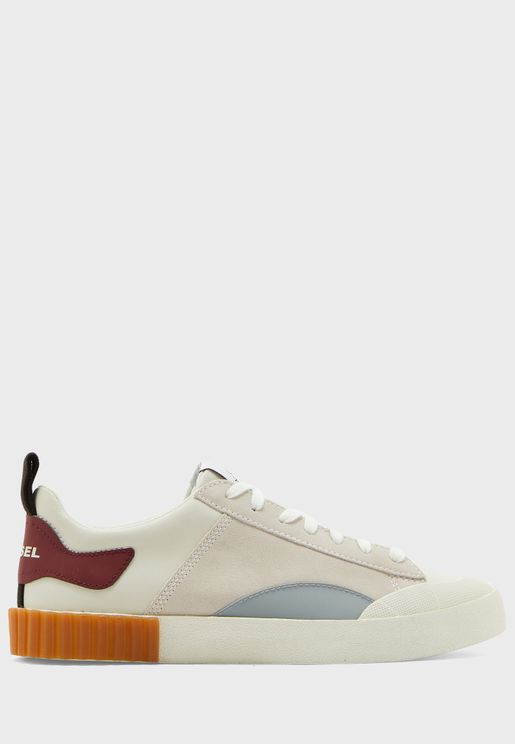 Bully Sneakers