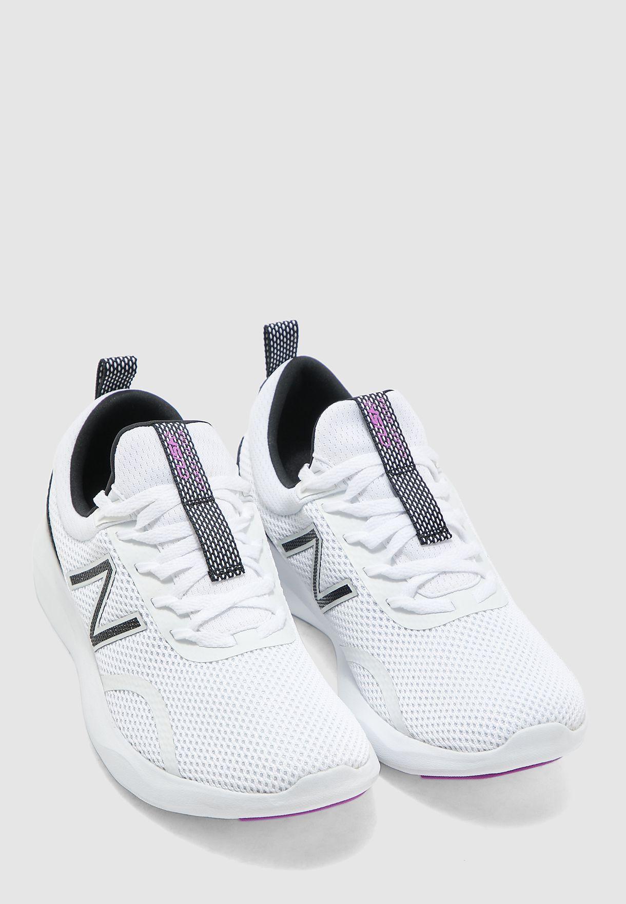 حذاء كوست