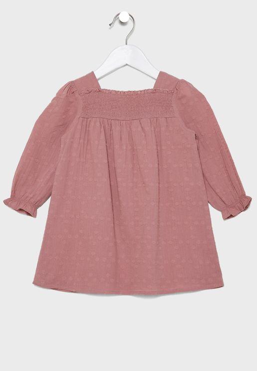 فستان باكمام كشكش