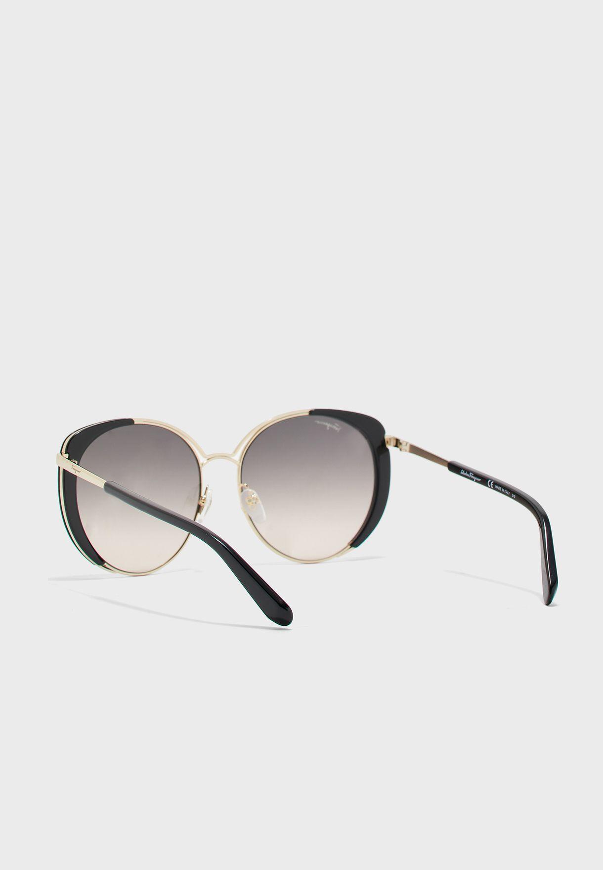 نظارات شمسية دائرية كبيرة