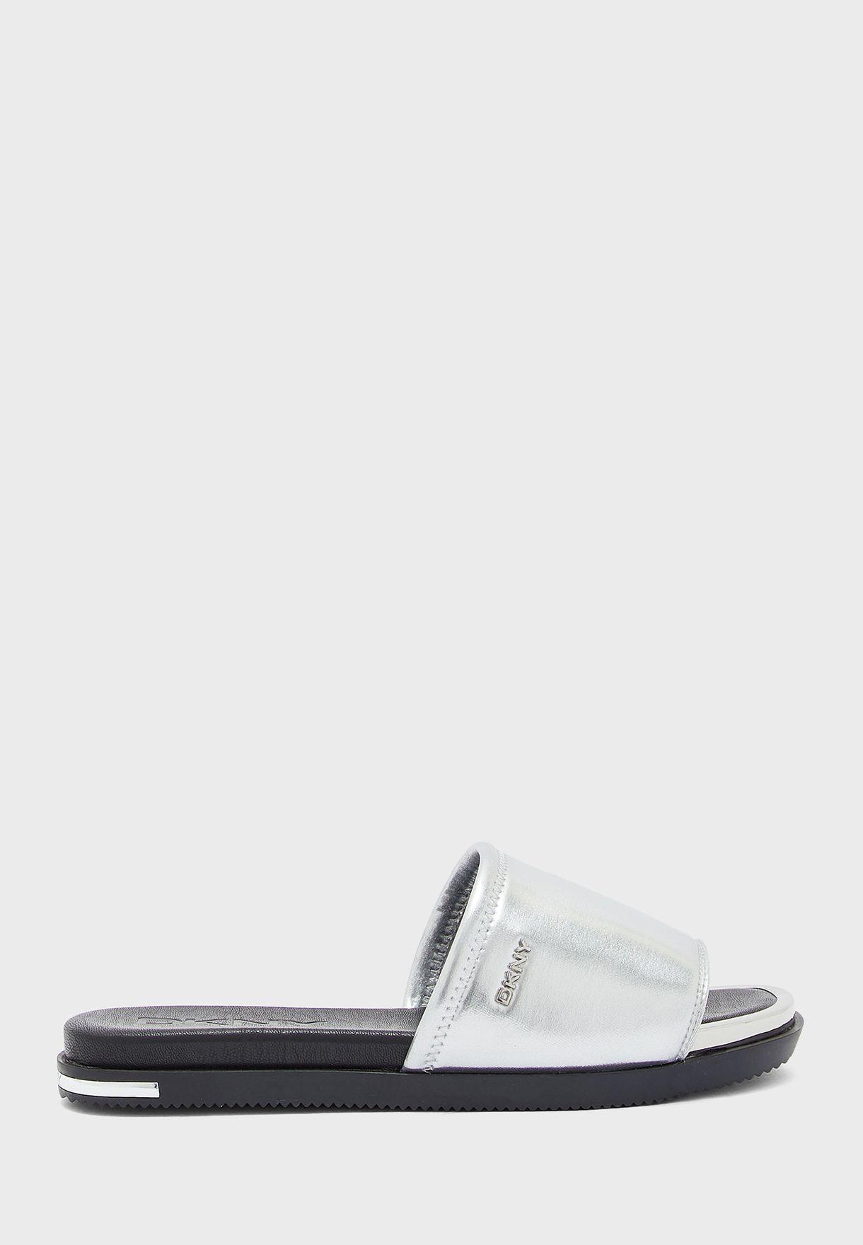 Briley Flat Sandals