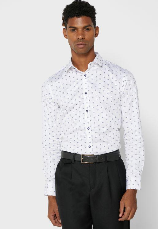 قميص بطبعة ورود