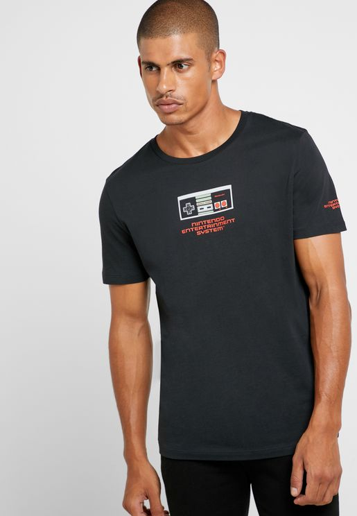 Nintendo Crew Neck T- Shirt