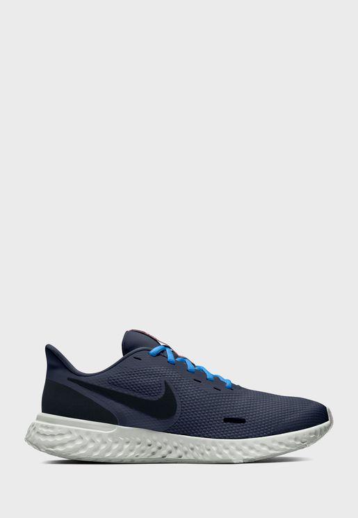 حذاء ريفوليوشن 5