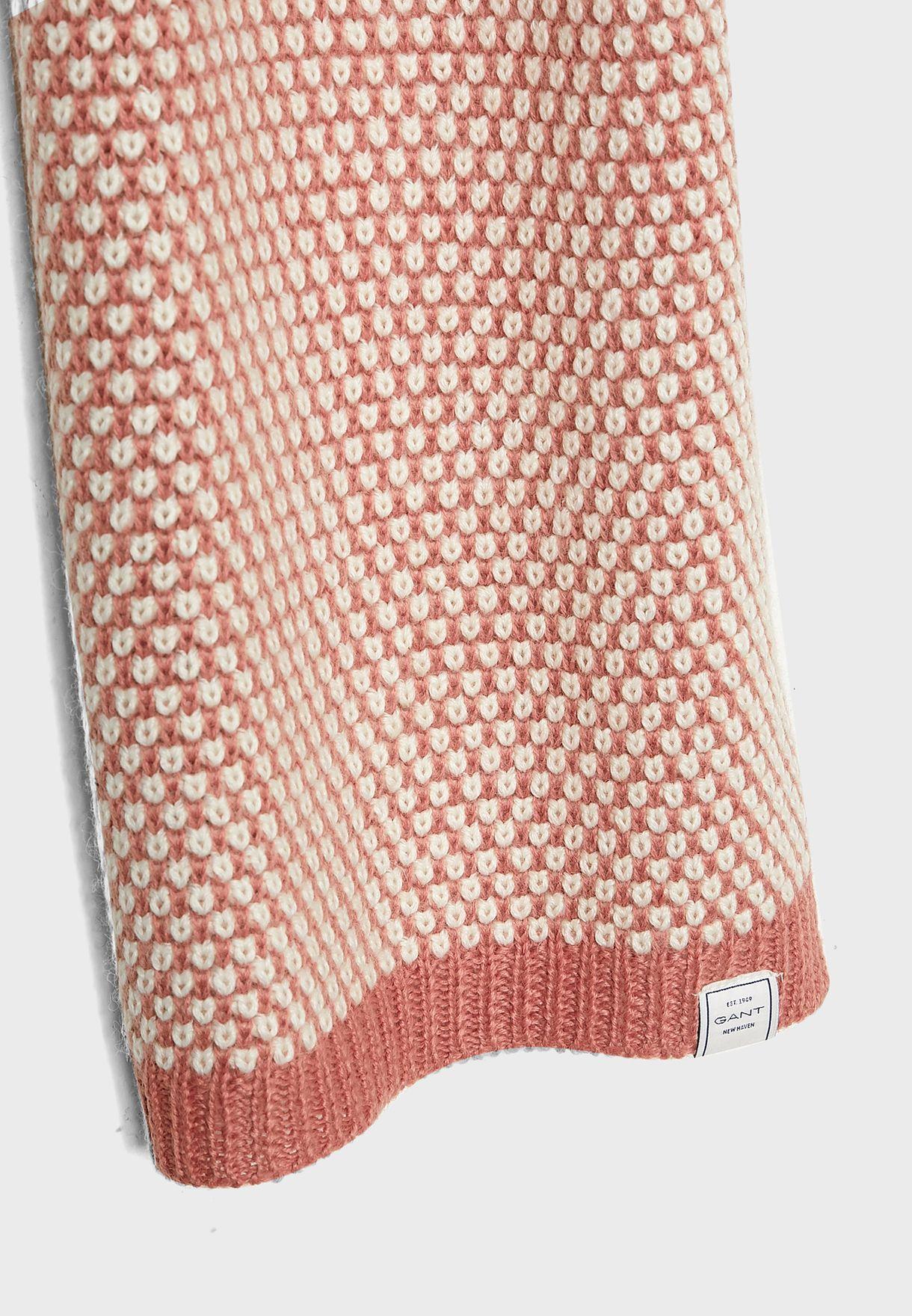 Bi-Fold Knitted Scarve