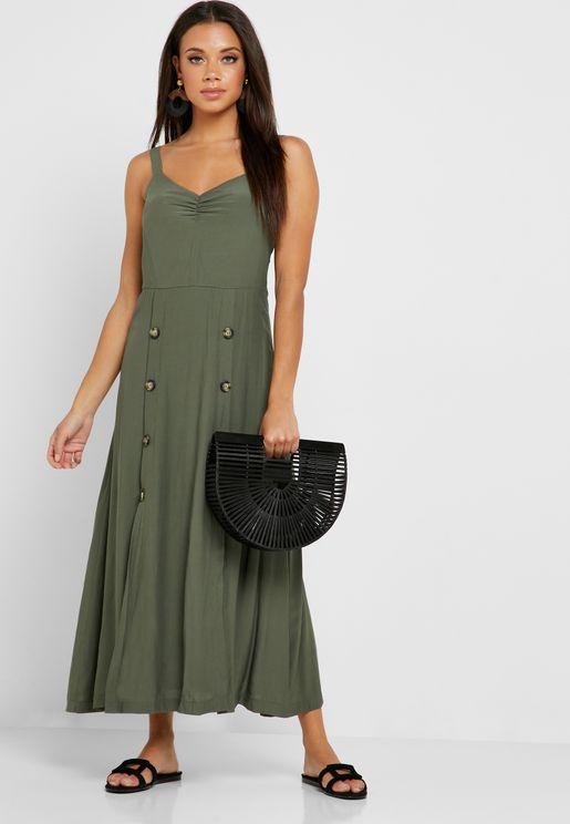 فستان بحمالات وازرار