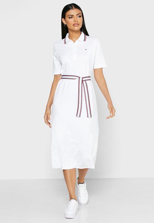 فستان بياقة كلاسيكية واربطة خصر