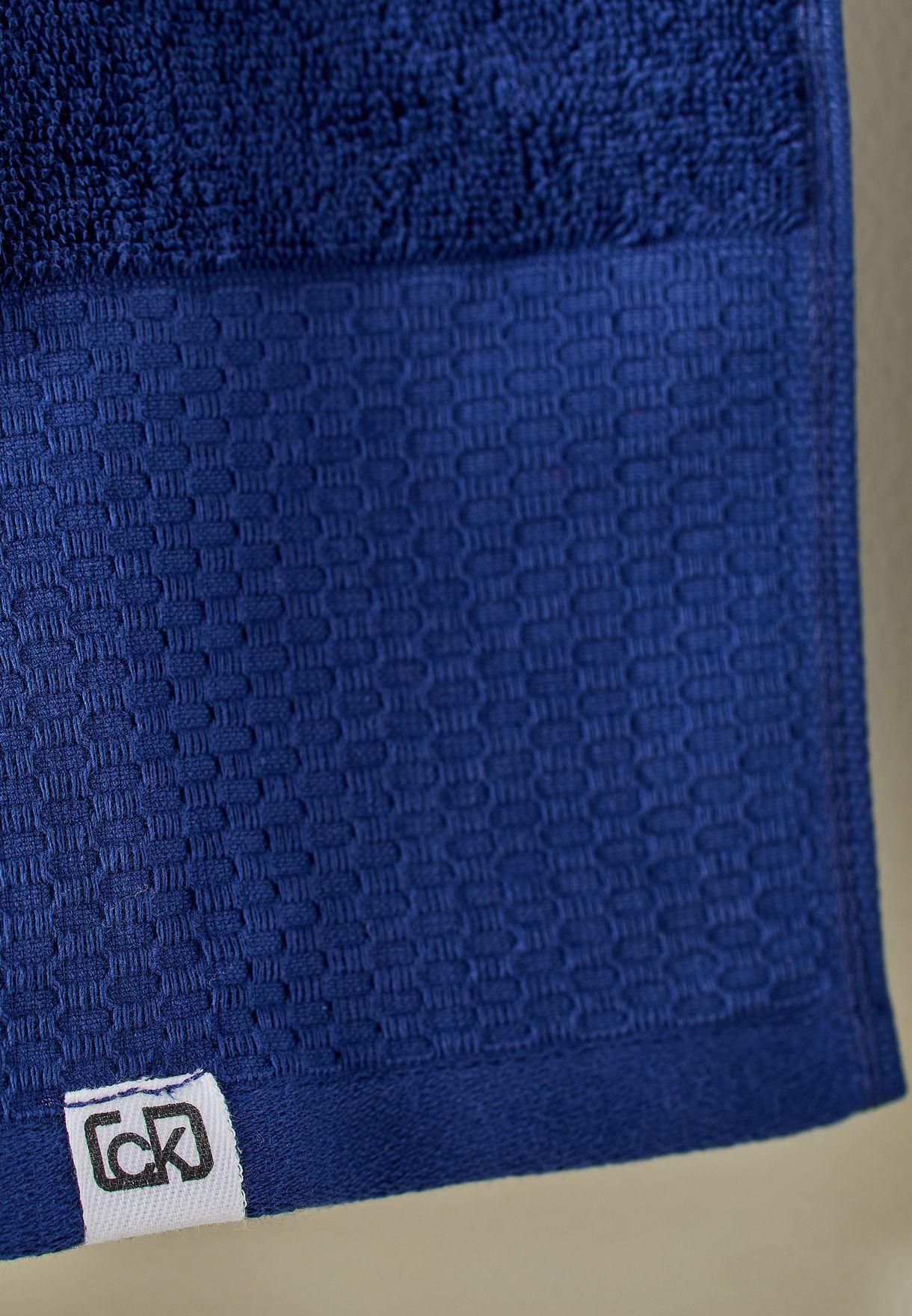 منشفة 75× 140 سم