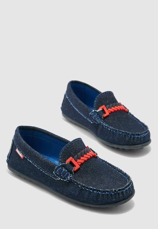 حذاء جينز سهل الارتداء