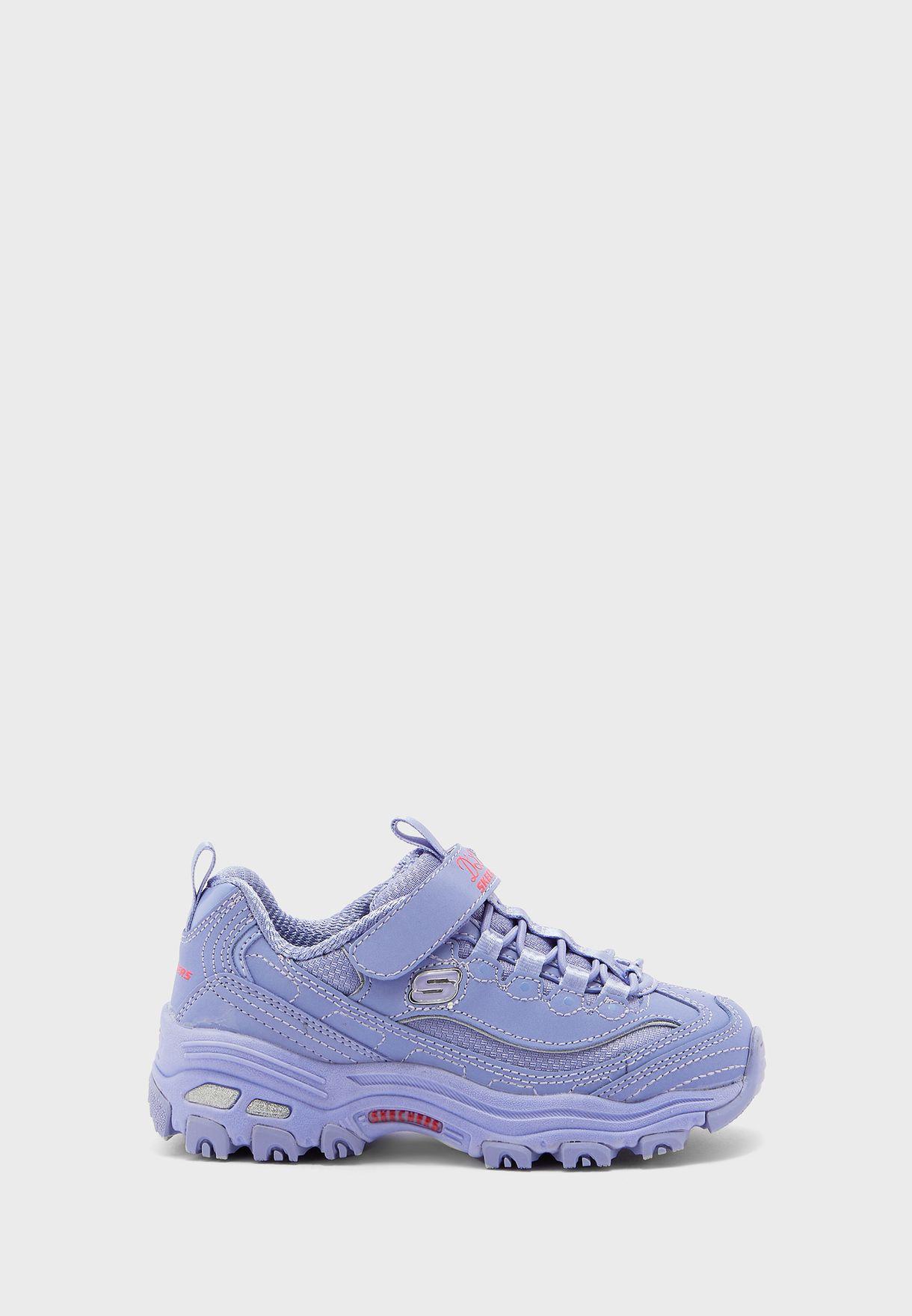 حذاء دي لايتس