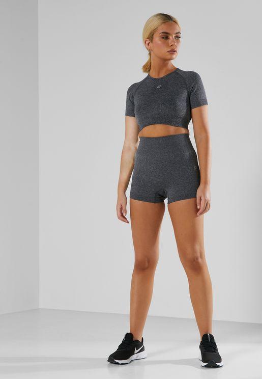 Crop T-shirt & Shorts Seamless Training Set