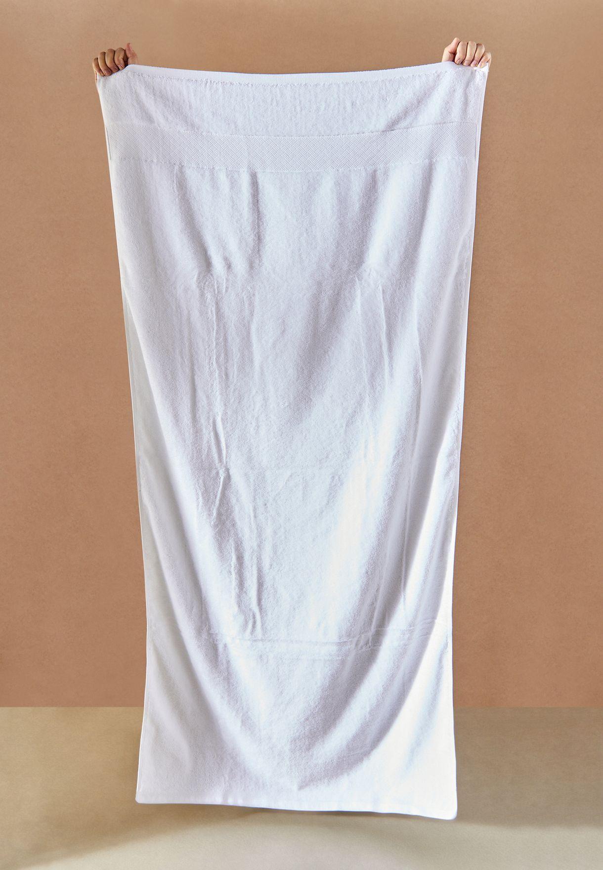 منشفة حمام بلون ابيض 80× 160 سم