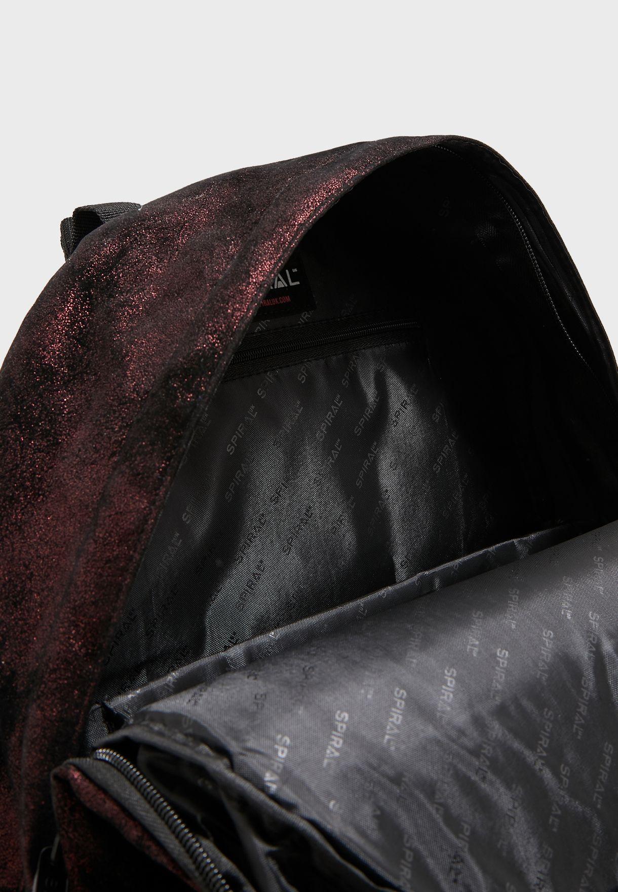 حقيبة ظهر بجيب امامي ذو سحاب