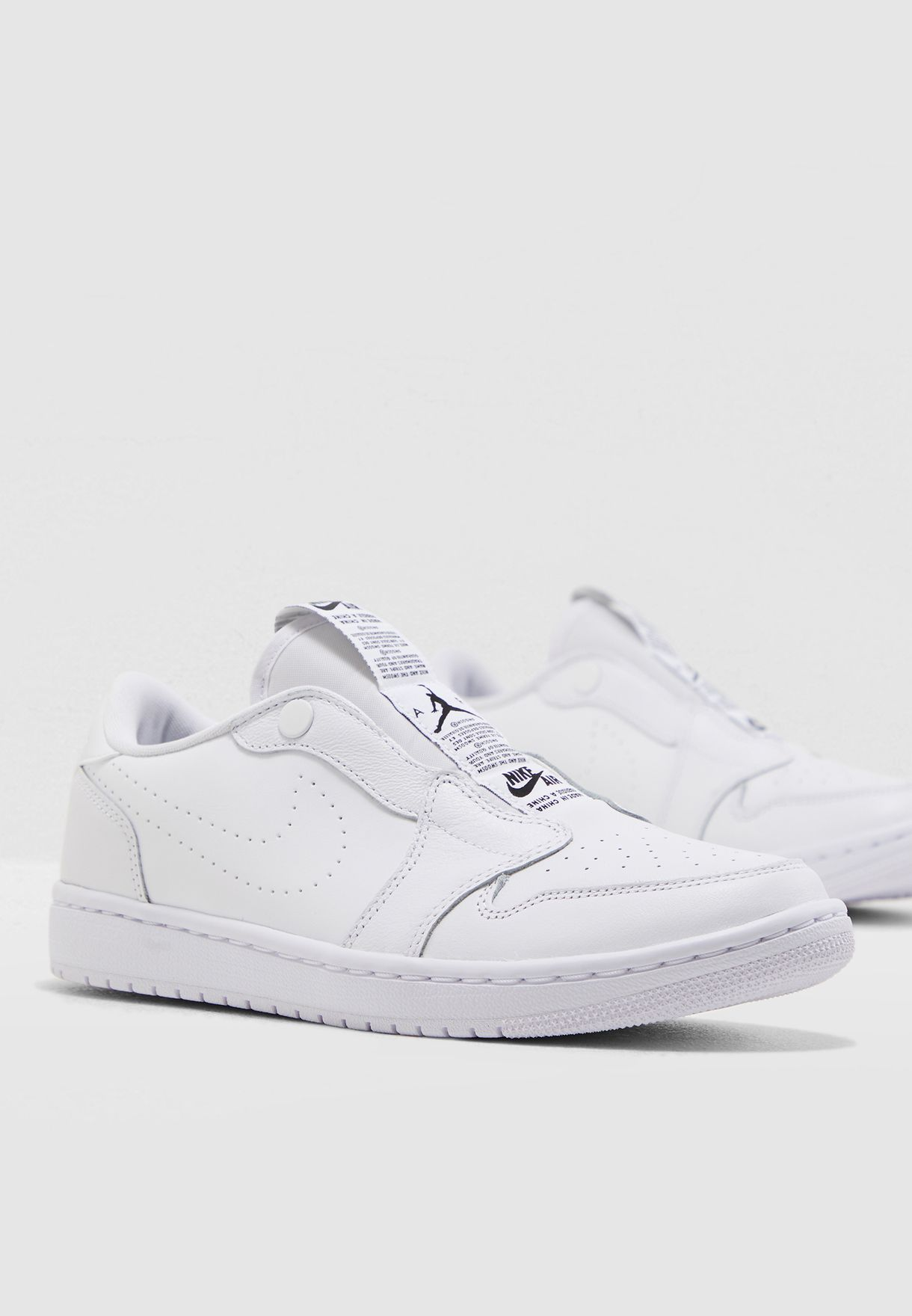 e112bcbf8f888 Shop Nike white Air Jordan 1 Retro Low Slip AV3918-100 for Women in ...