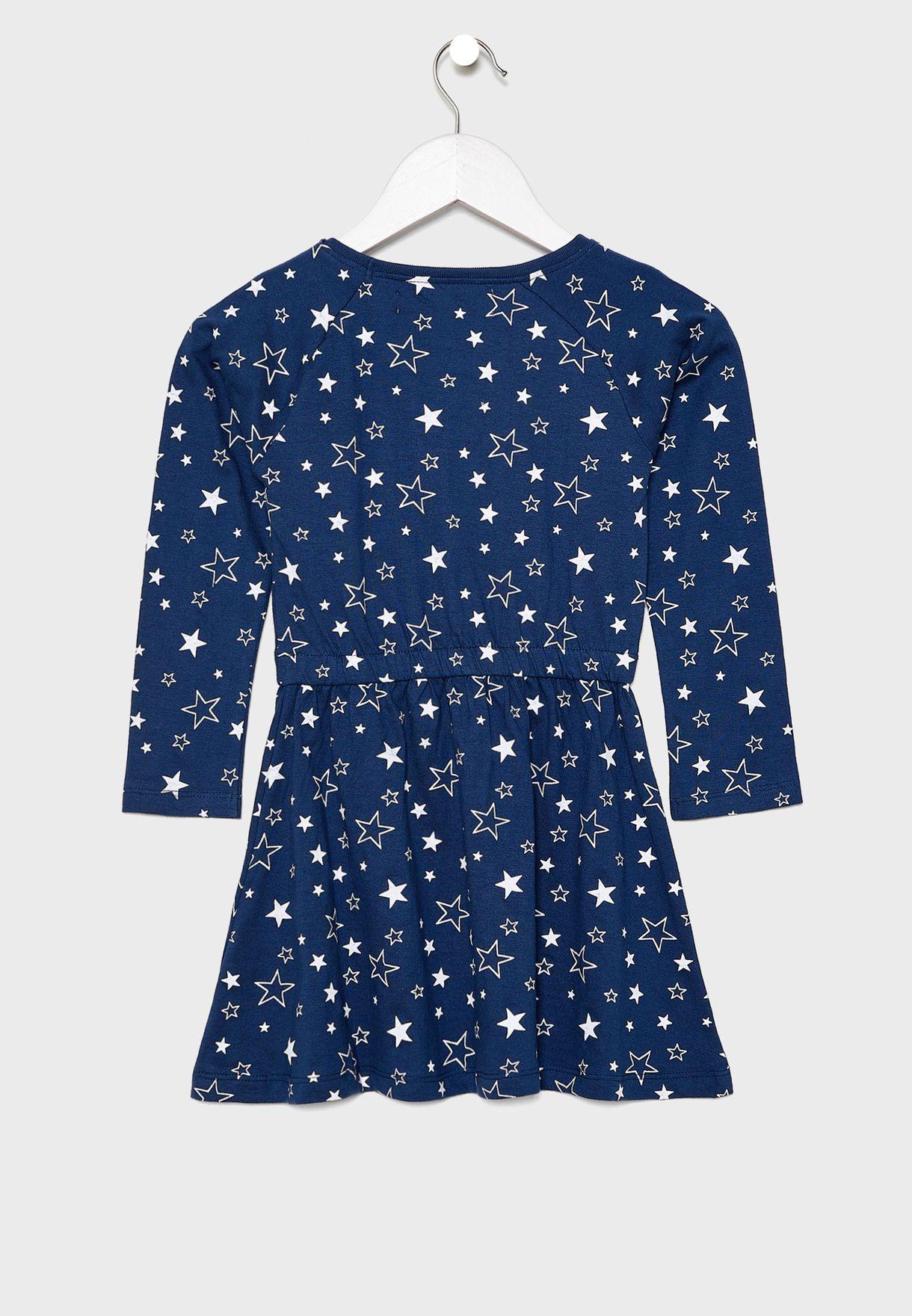 فستان مزين بطباعة نجوم