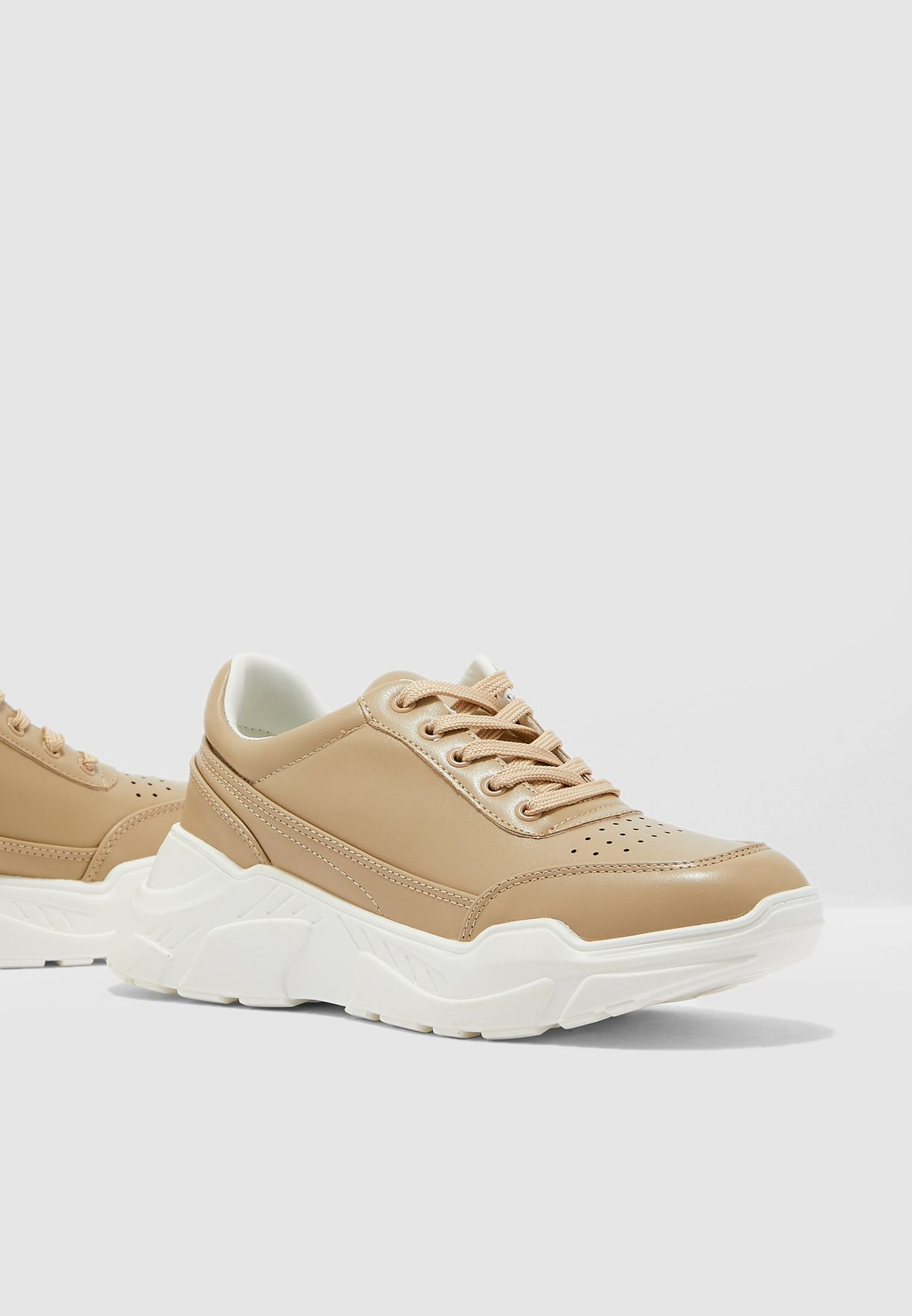 Chunky Sneaker With Contrast