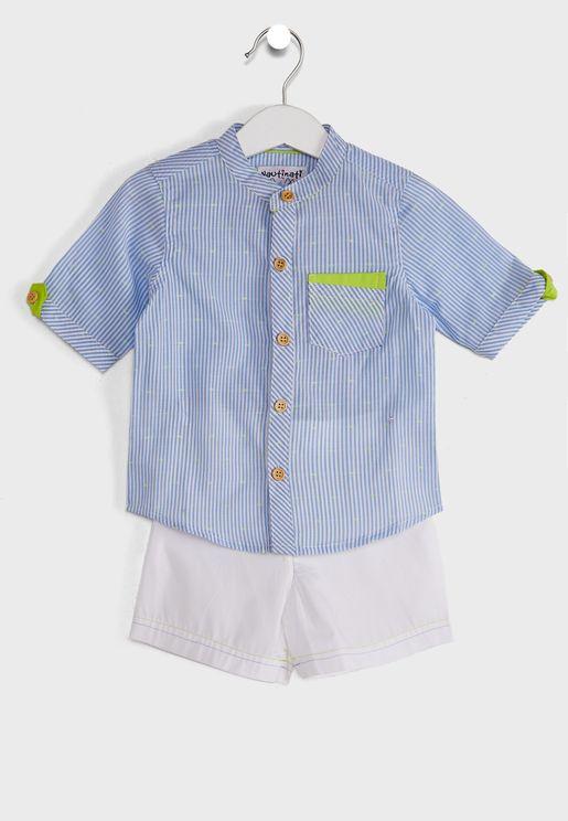 طقم قميص وشورت بخطوط