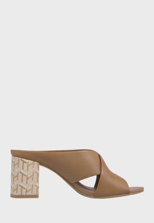 Raffia Mid Heel Sandal - GU9