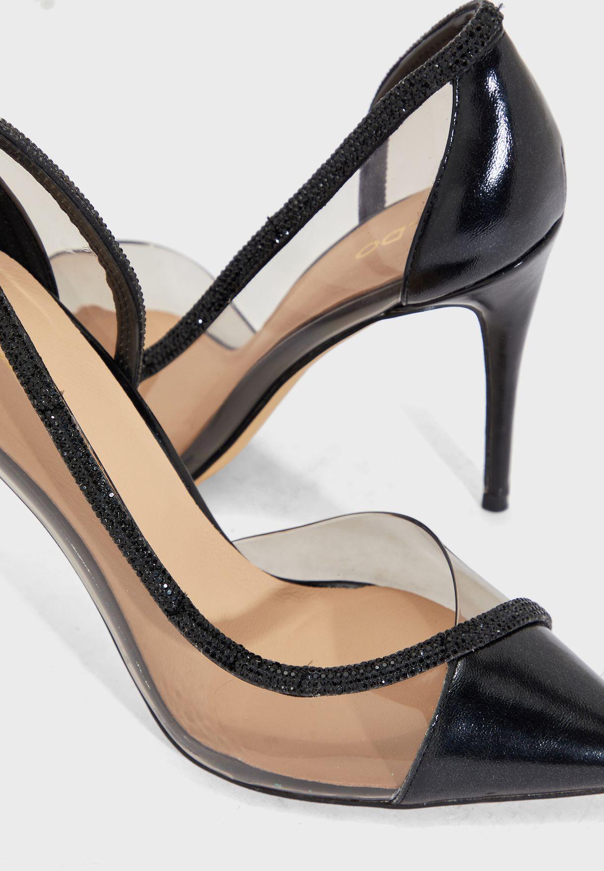 حذاء بكعب عالي ومزين باحجار لامعة