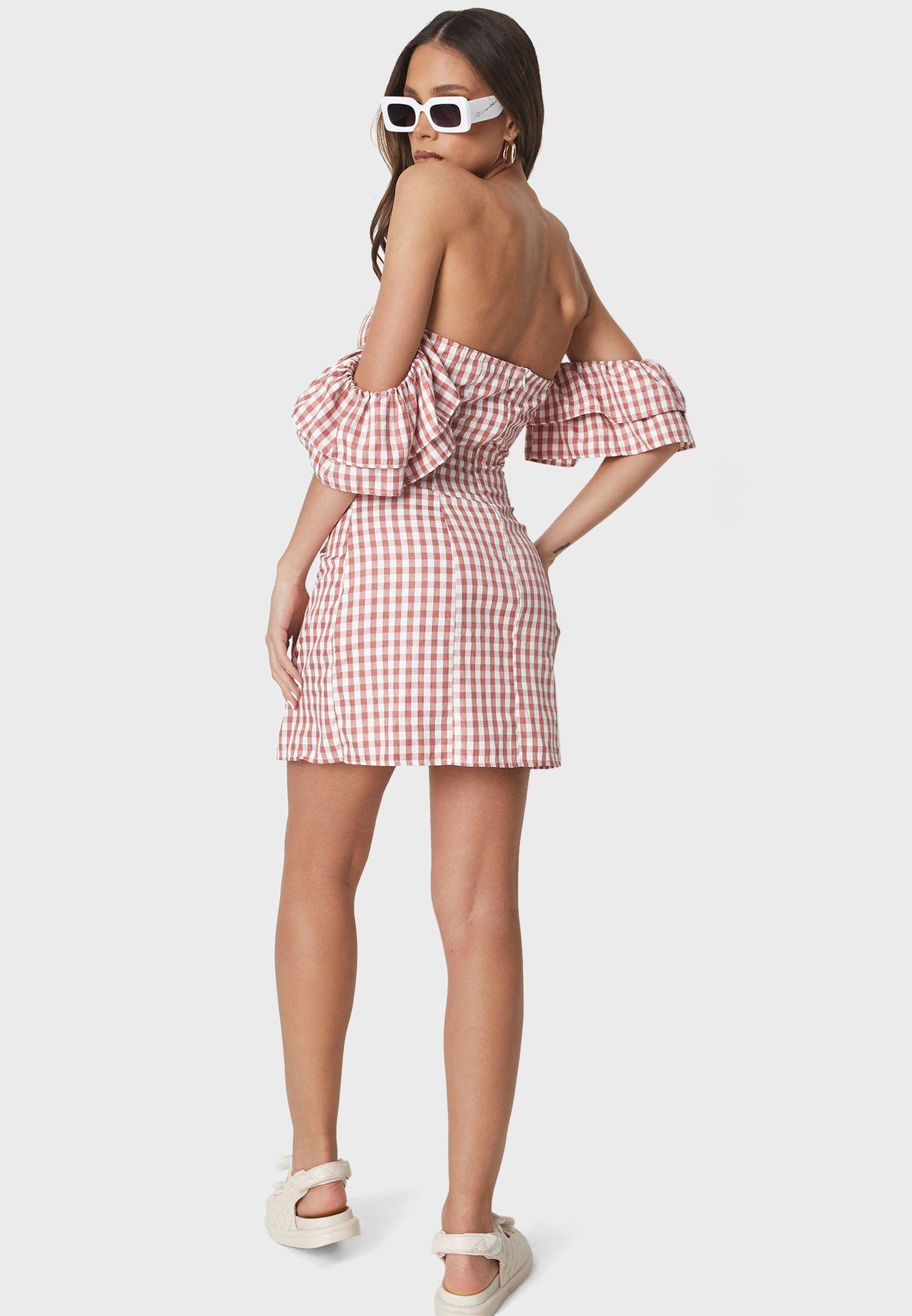 فستان مربعات باكتاف عارية