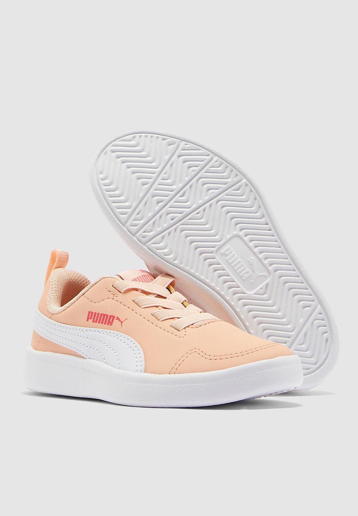 حذاء كورت فلكس