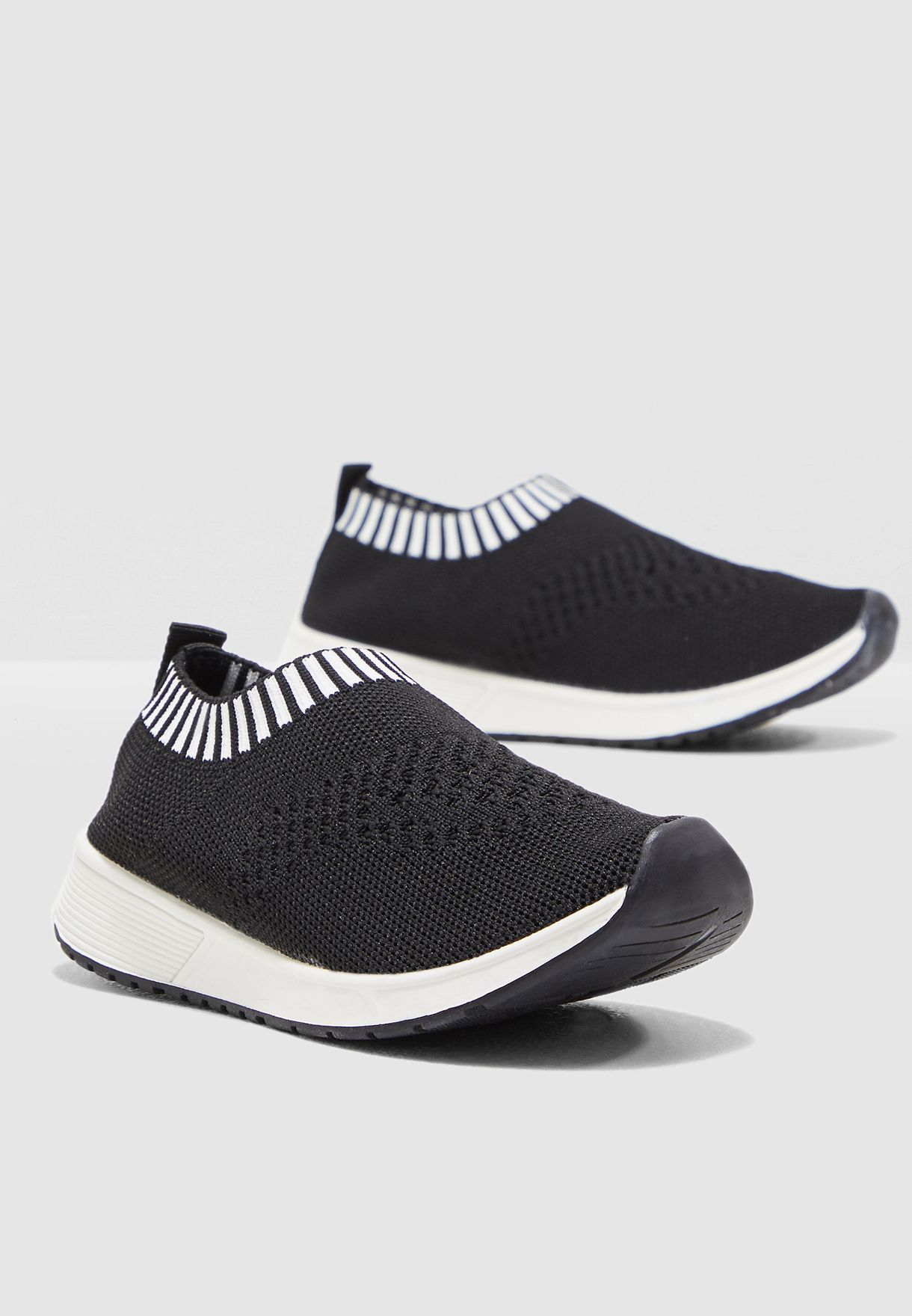 Knitted Slip On Sneakers