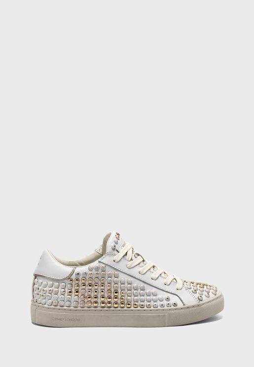 Essential Low Top Sneaker