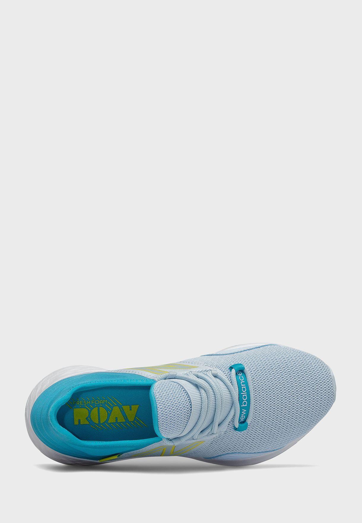 حذاء رياضي روف