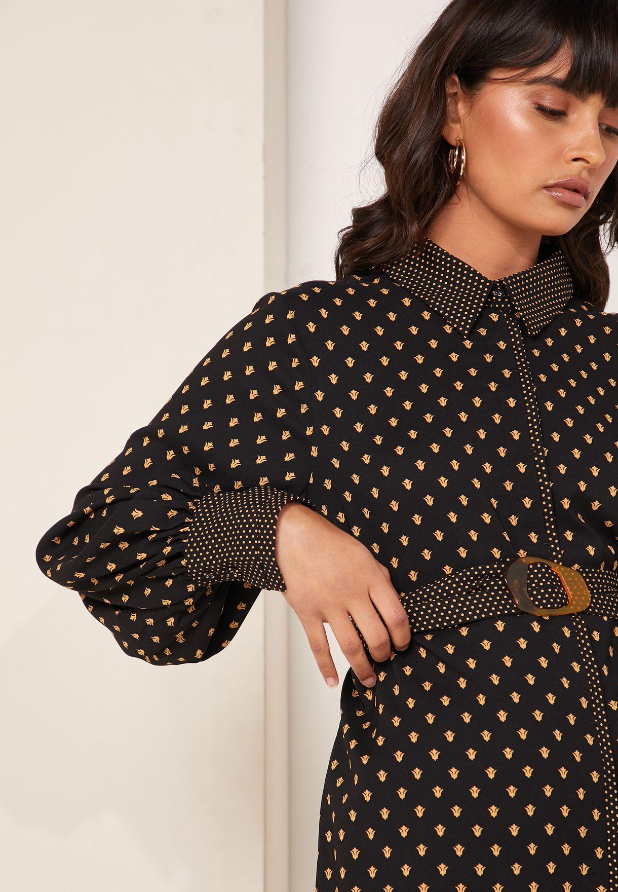 قميص مطبع بحزام