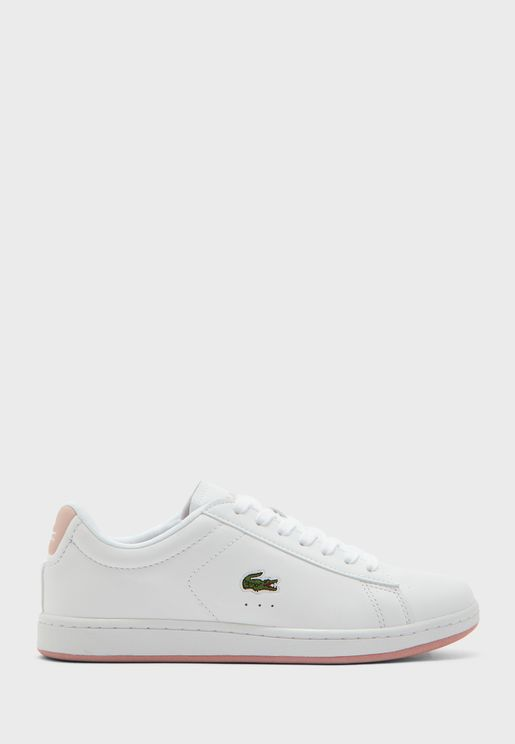 Carnaby Low Top Sneaker