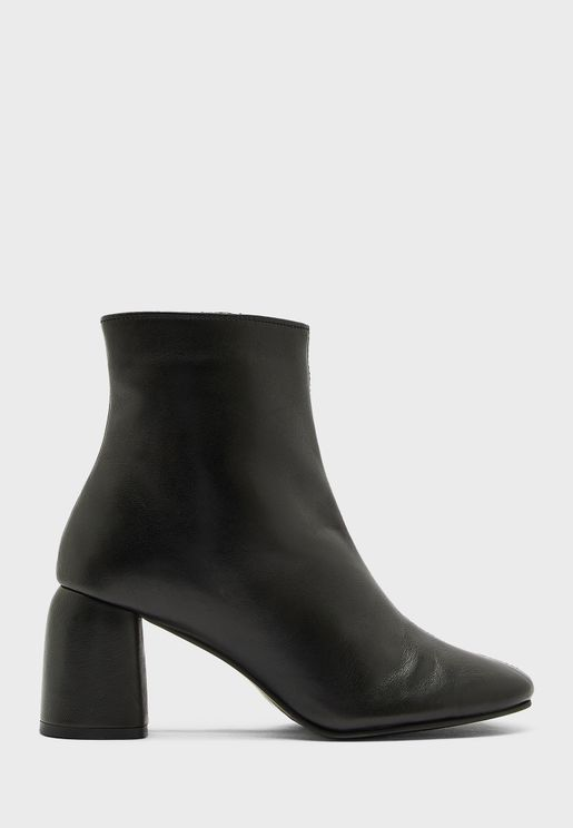 BOMBAY high heel ankle boot