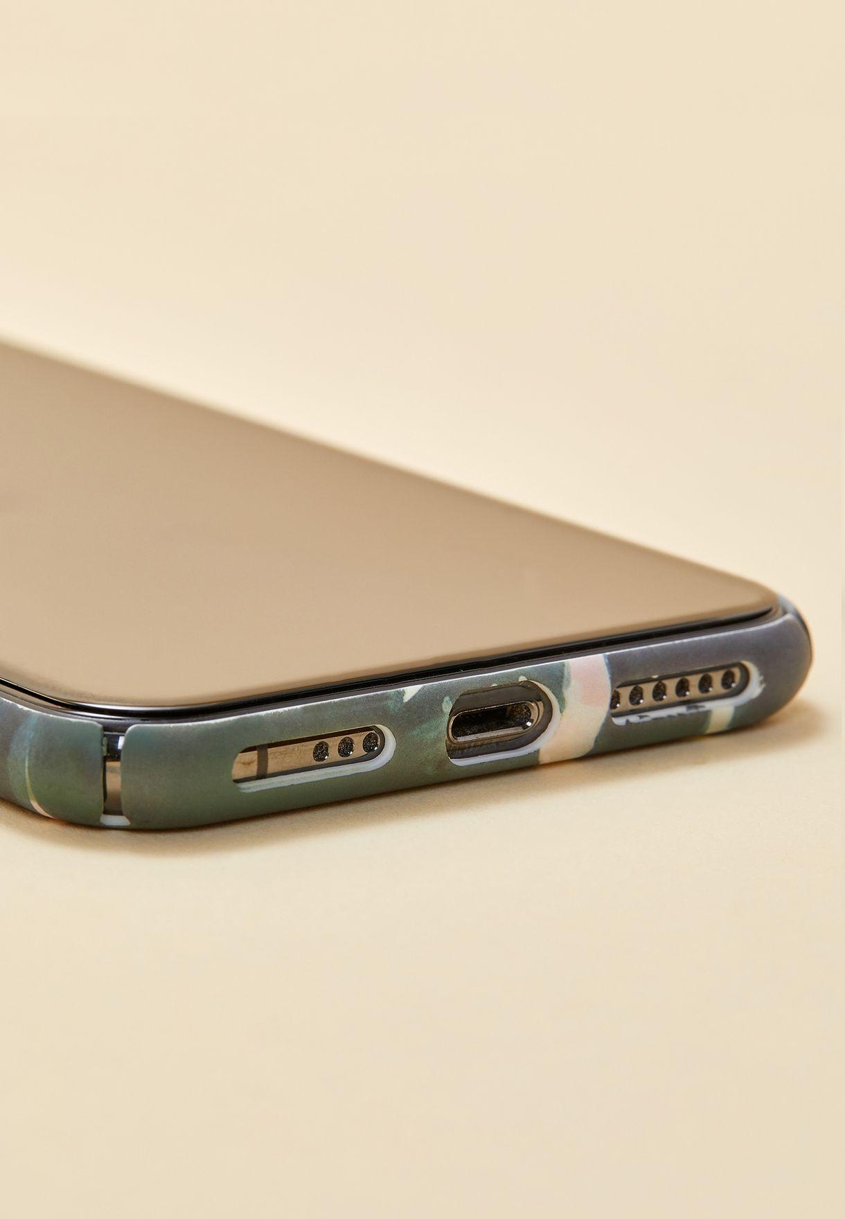 غطاء ايفون X مزين بطبعات