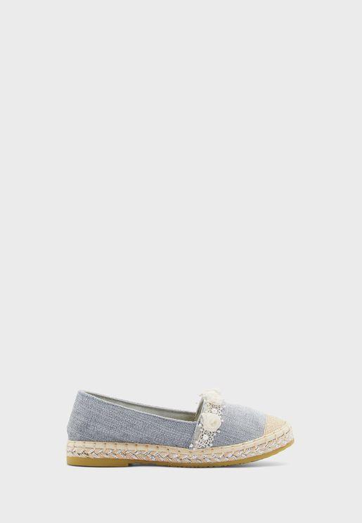 حذاء سهل الارتداء مزين بازهار