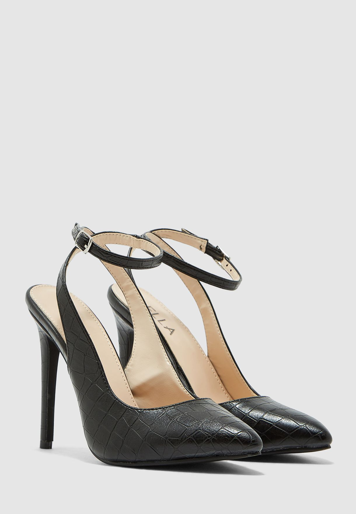 Cut Out Pumps With Ankle Fastening