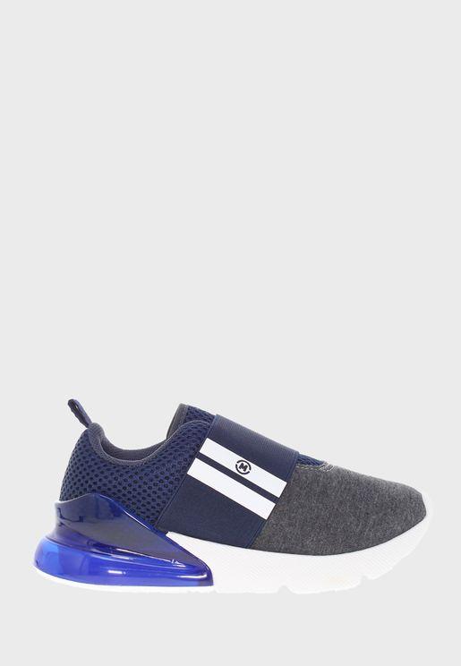 حذاء مطبع بسير عريض
