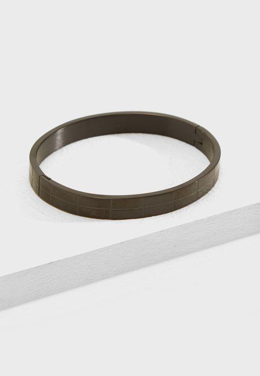 Metal Cuffed Bracelet