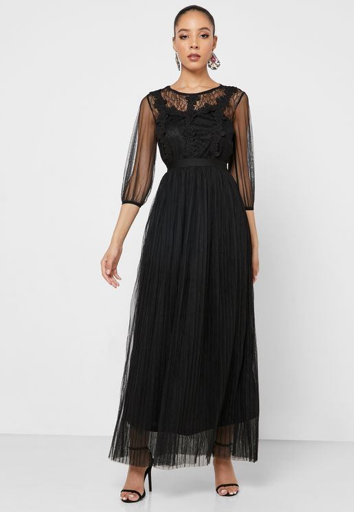 Mesh Embroidered Detail Maxi Dress