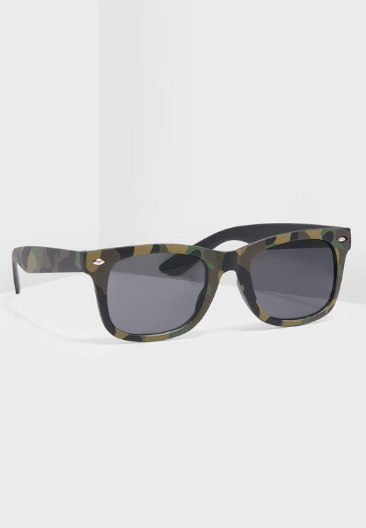 نظارة شمسية بطبعات جيش