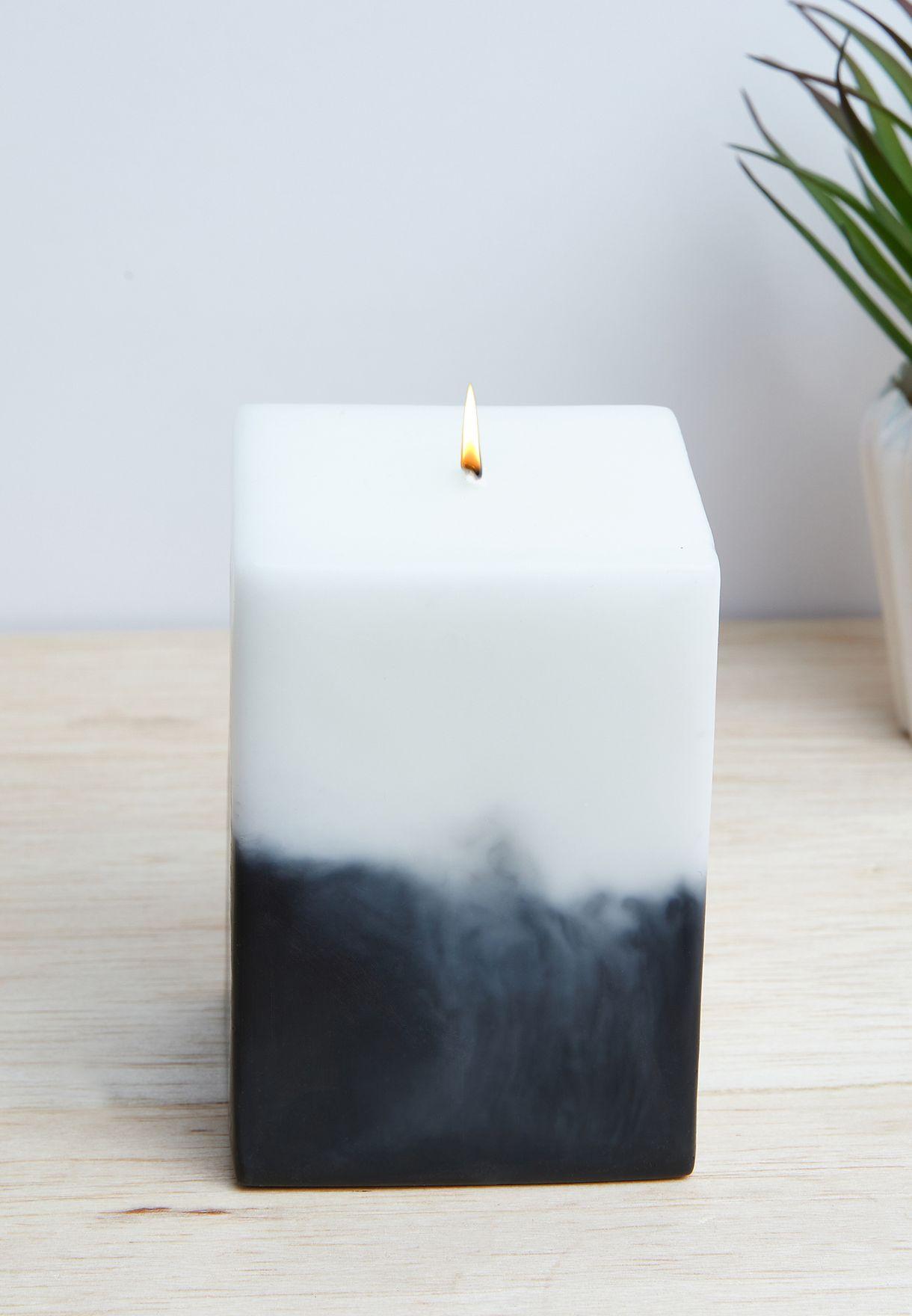 شمعة عطرية ديزاير بيلار بالازهار