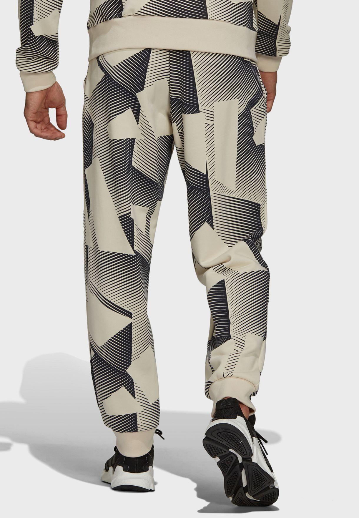 3 Bar Graphic Sweatpants