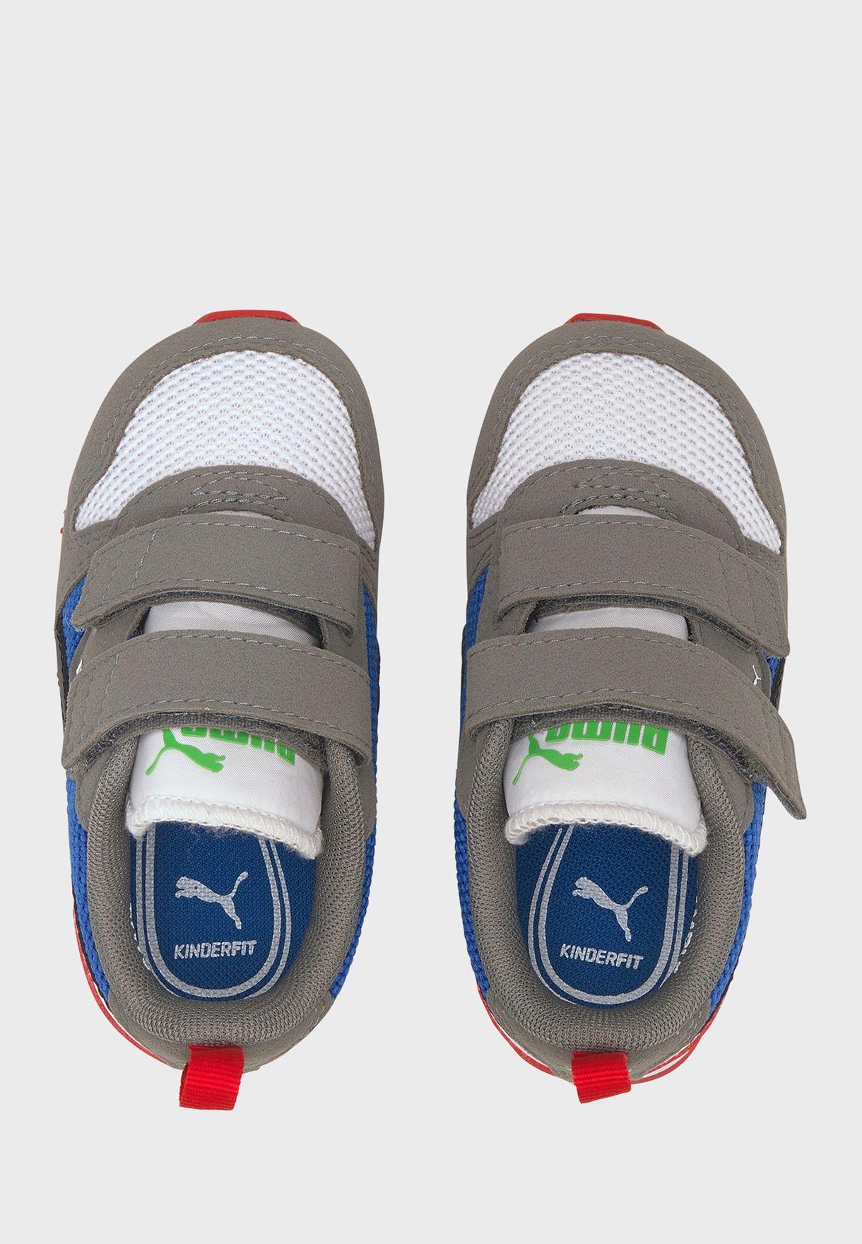حذاء بشريطان فلكرو