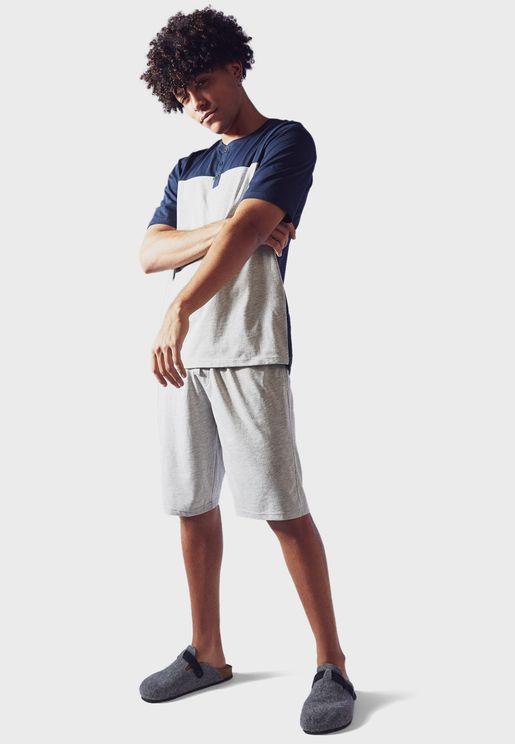 Colour Block T-Shirt + Shorts