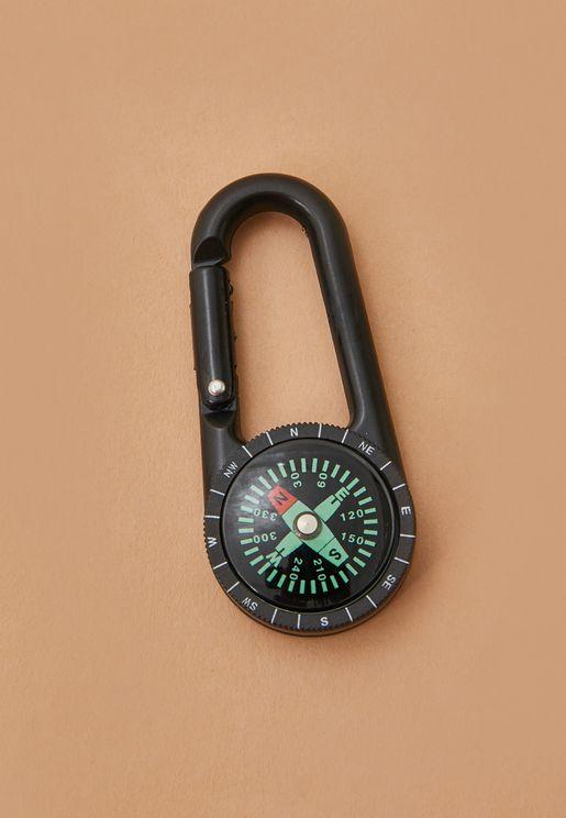 حلقة مفاتيح مع بوصلة