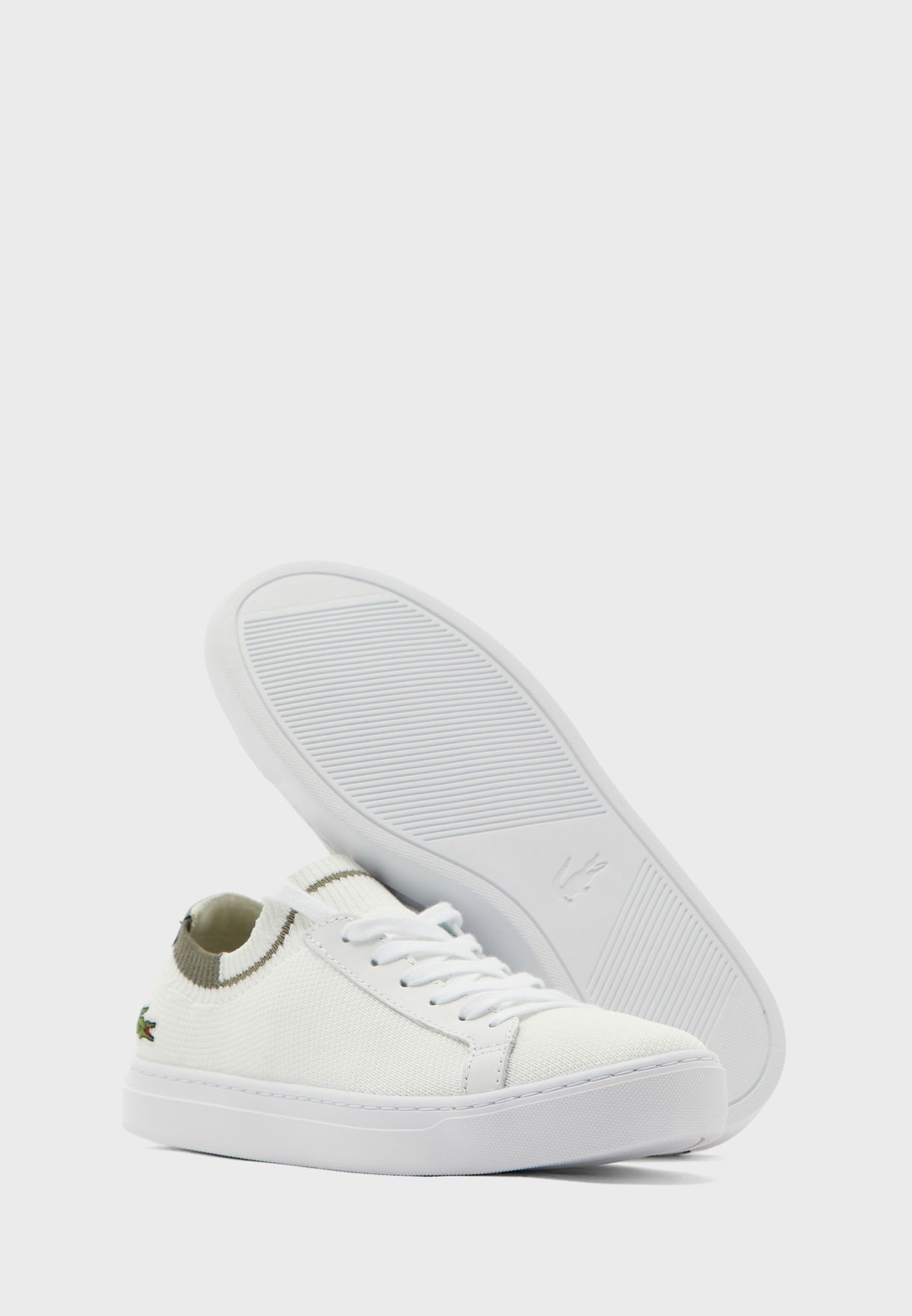 La Piquee Low Top Sneaker